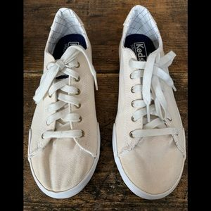 Keds Cream color Canvas sneakers ortholite size 7